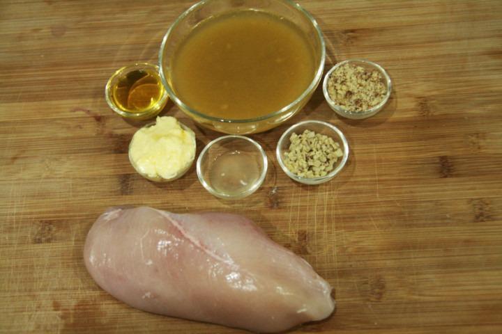 piers-kurczaka-bulion-warzywny-maslo-miod-sok-z-cytryny-orzechy-wloskie-imbir