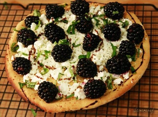 pizza z jeżynami