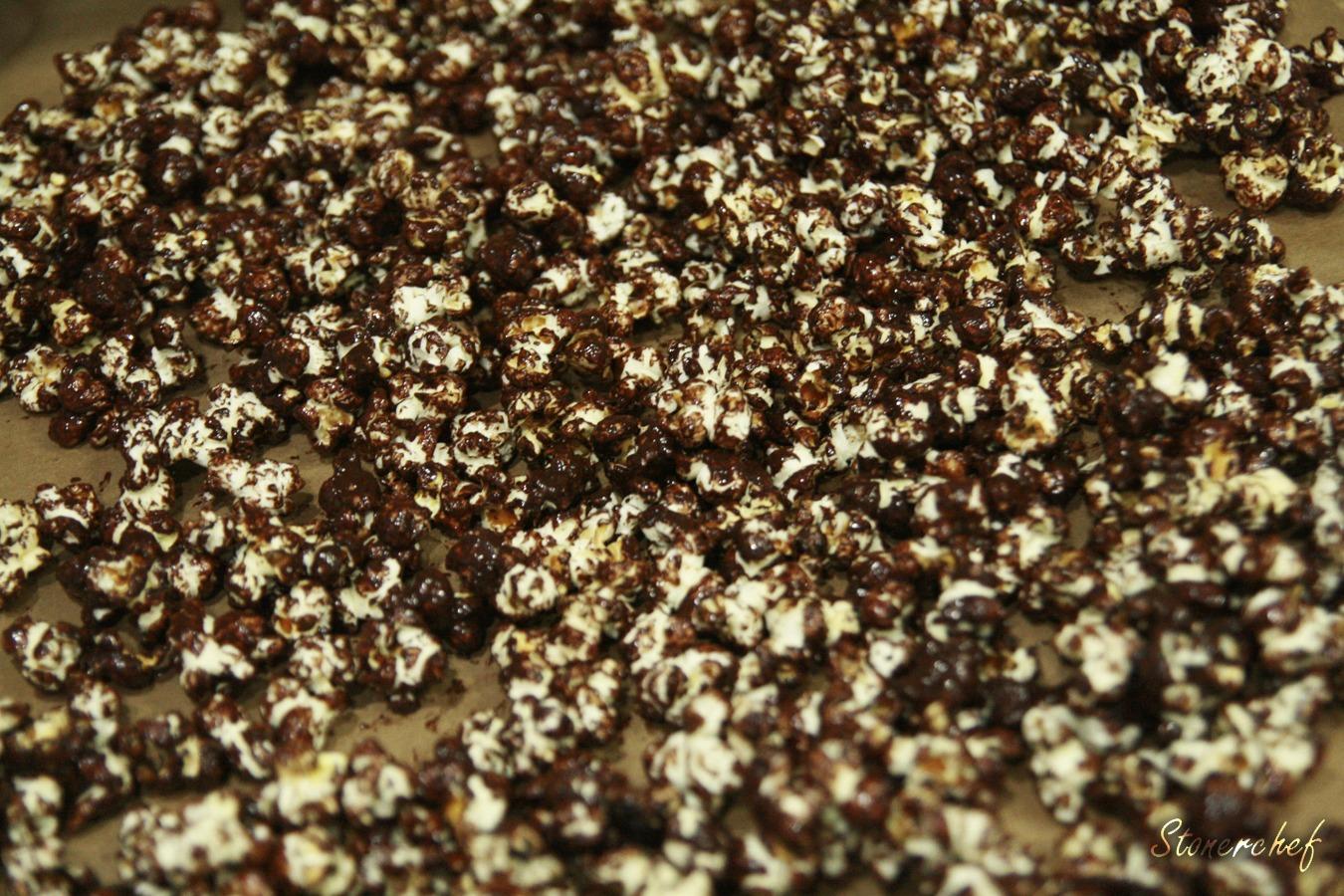 popcorn z gorzką czekoladą