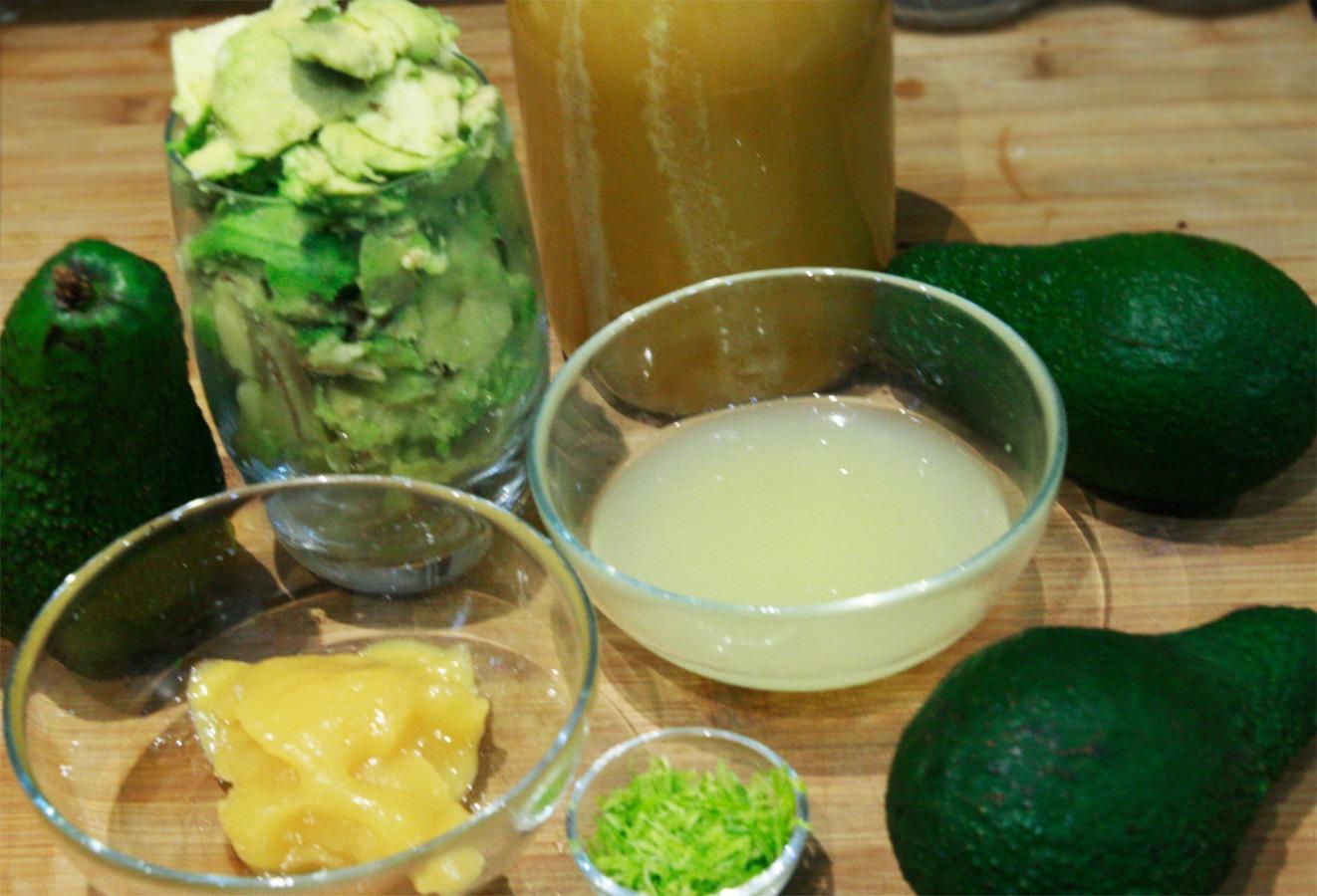tarta z avocado i limonką