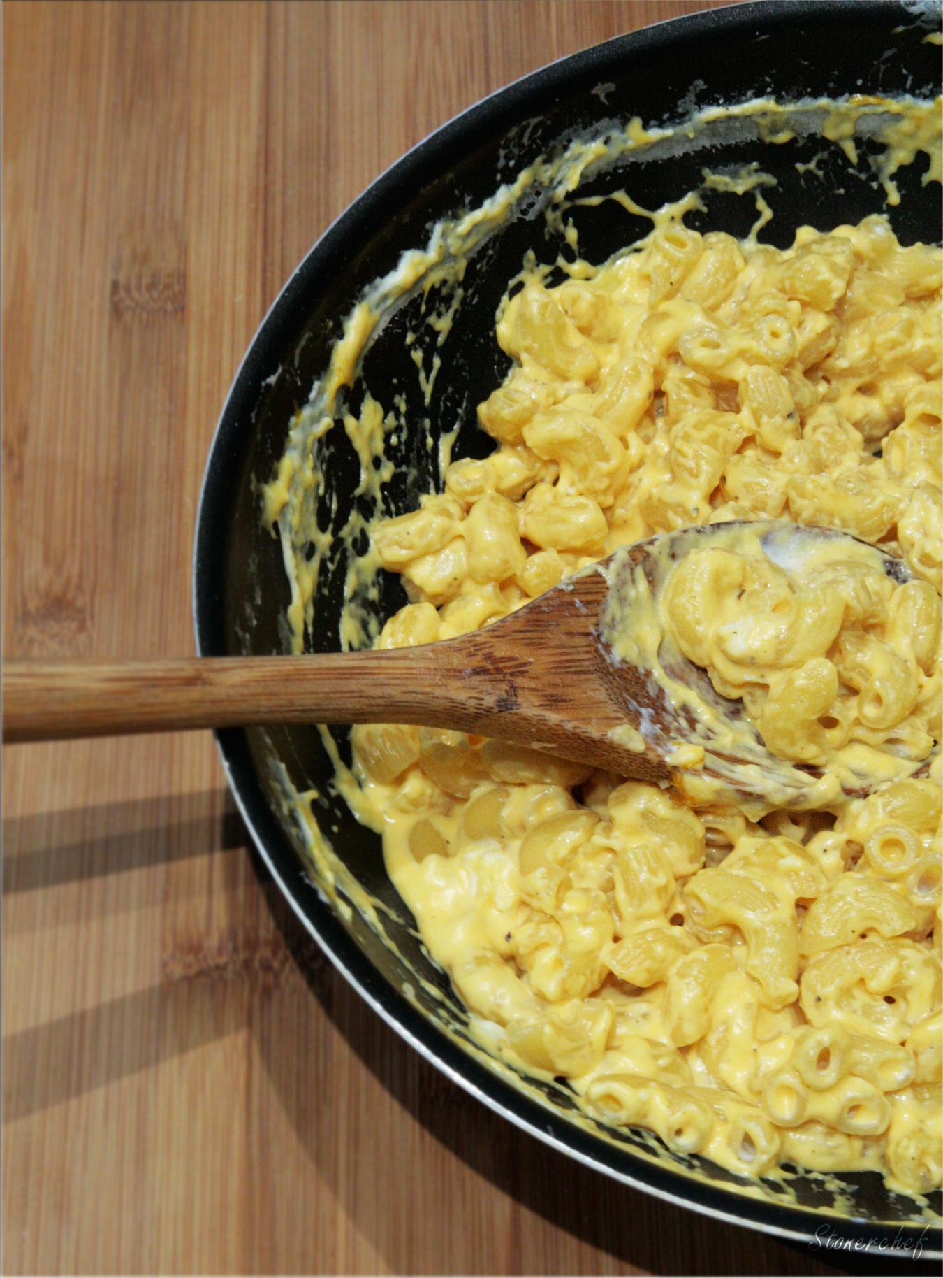 mac and cheese z lotu ptaka
