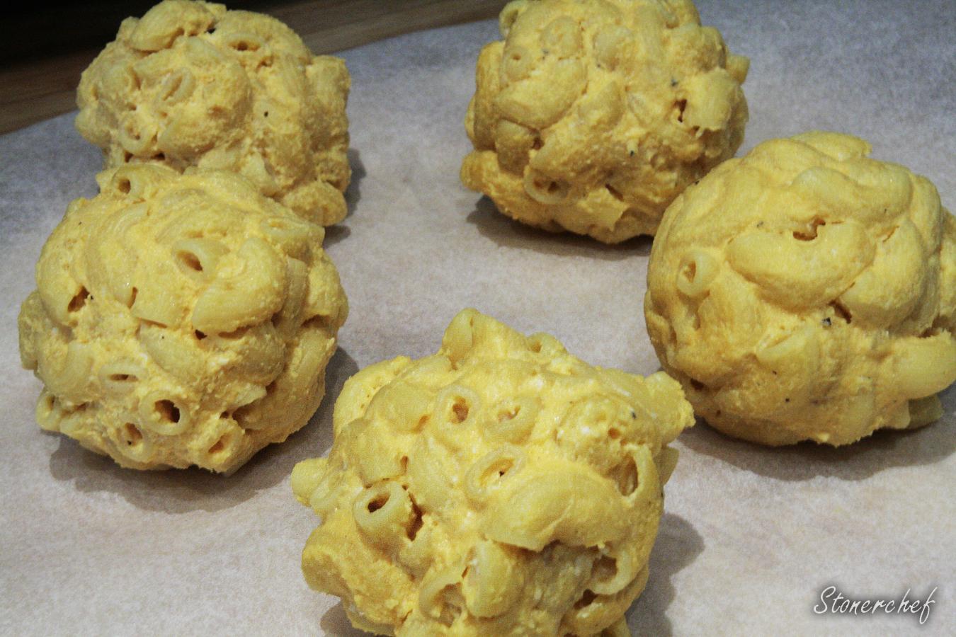 nagie bomby mac and cheese