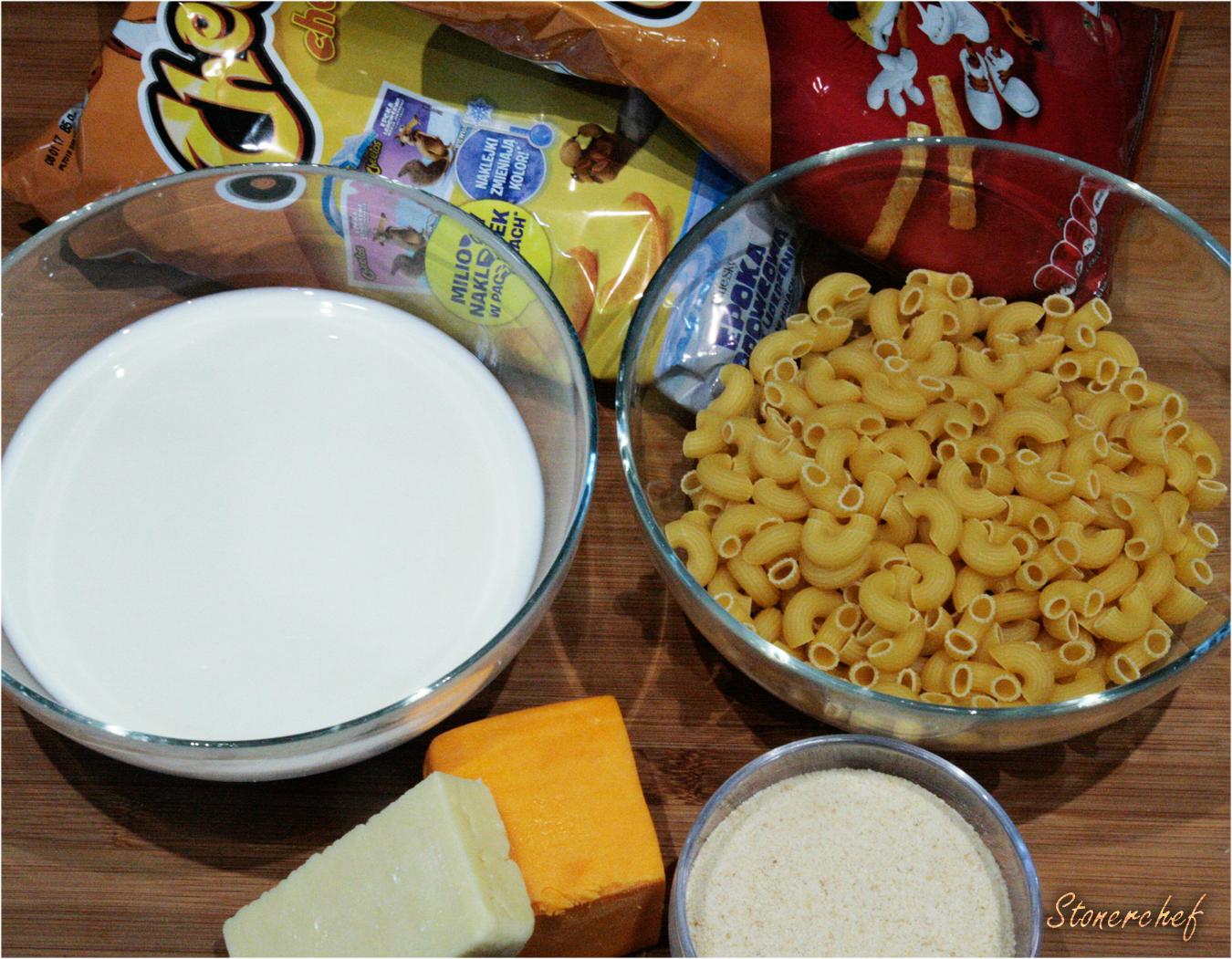 składniki na bomby Mac and Cheetos