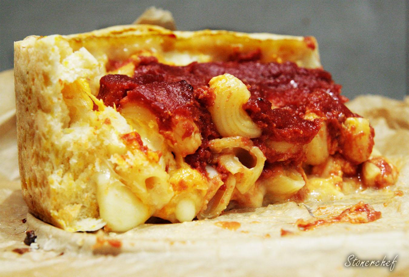 Deep dish mac and cheese pizza