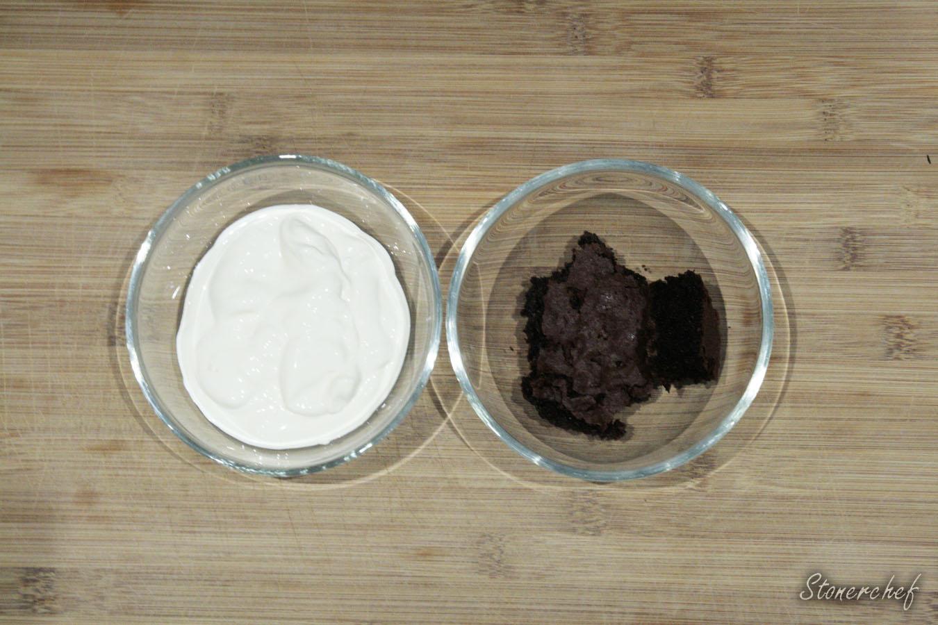 składniki na bitą śmietanę brownie