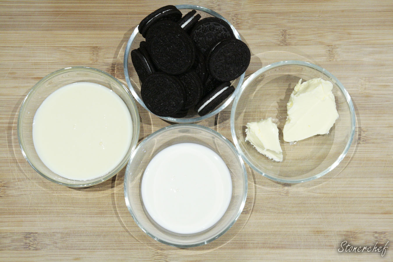 składniki na ciasteczkowy krem oreo