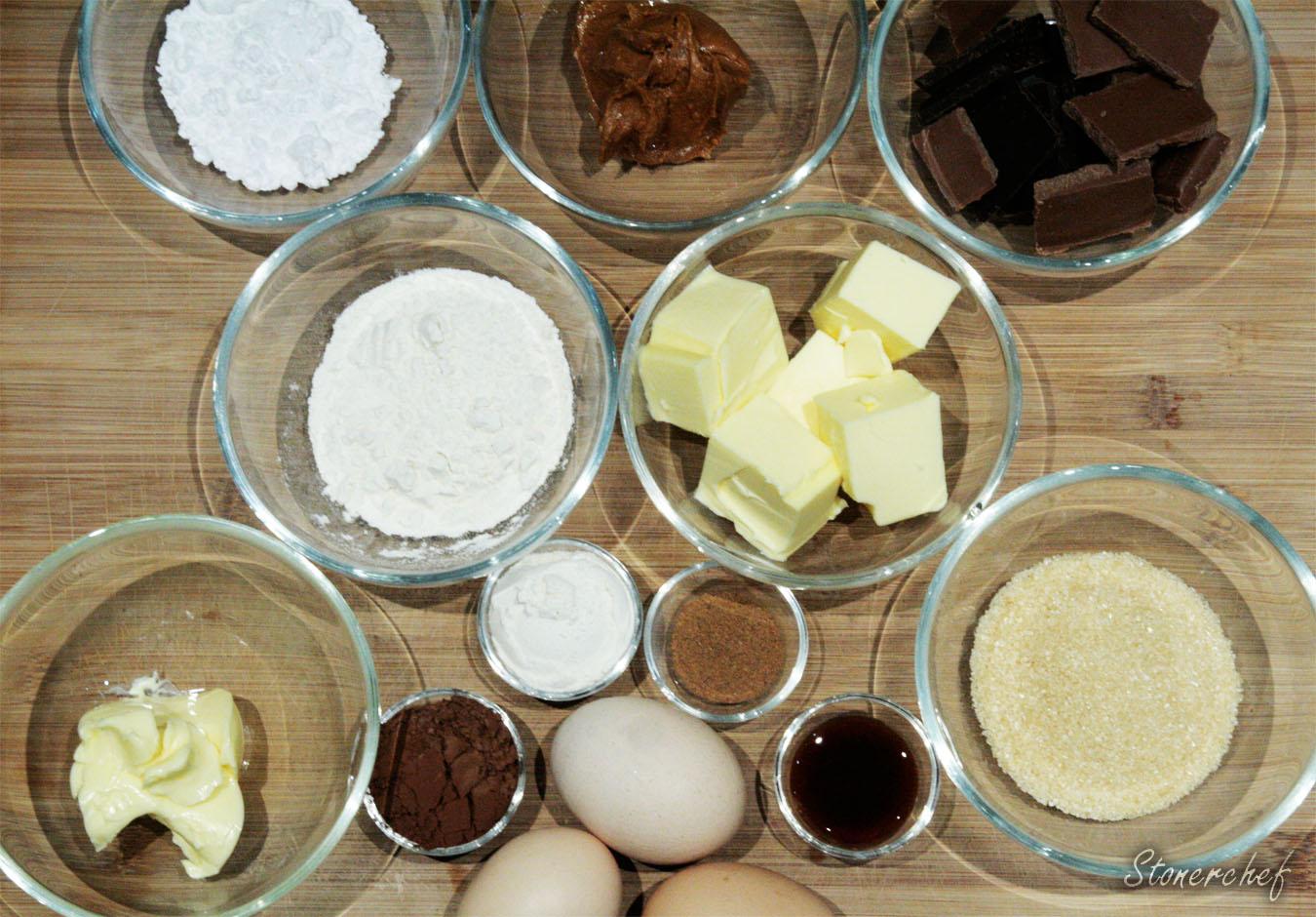 składniki na czekoladowe fondanty z masłem orzechowym