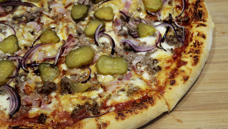 cheeseburgerowa pizza