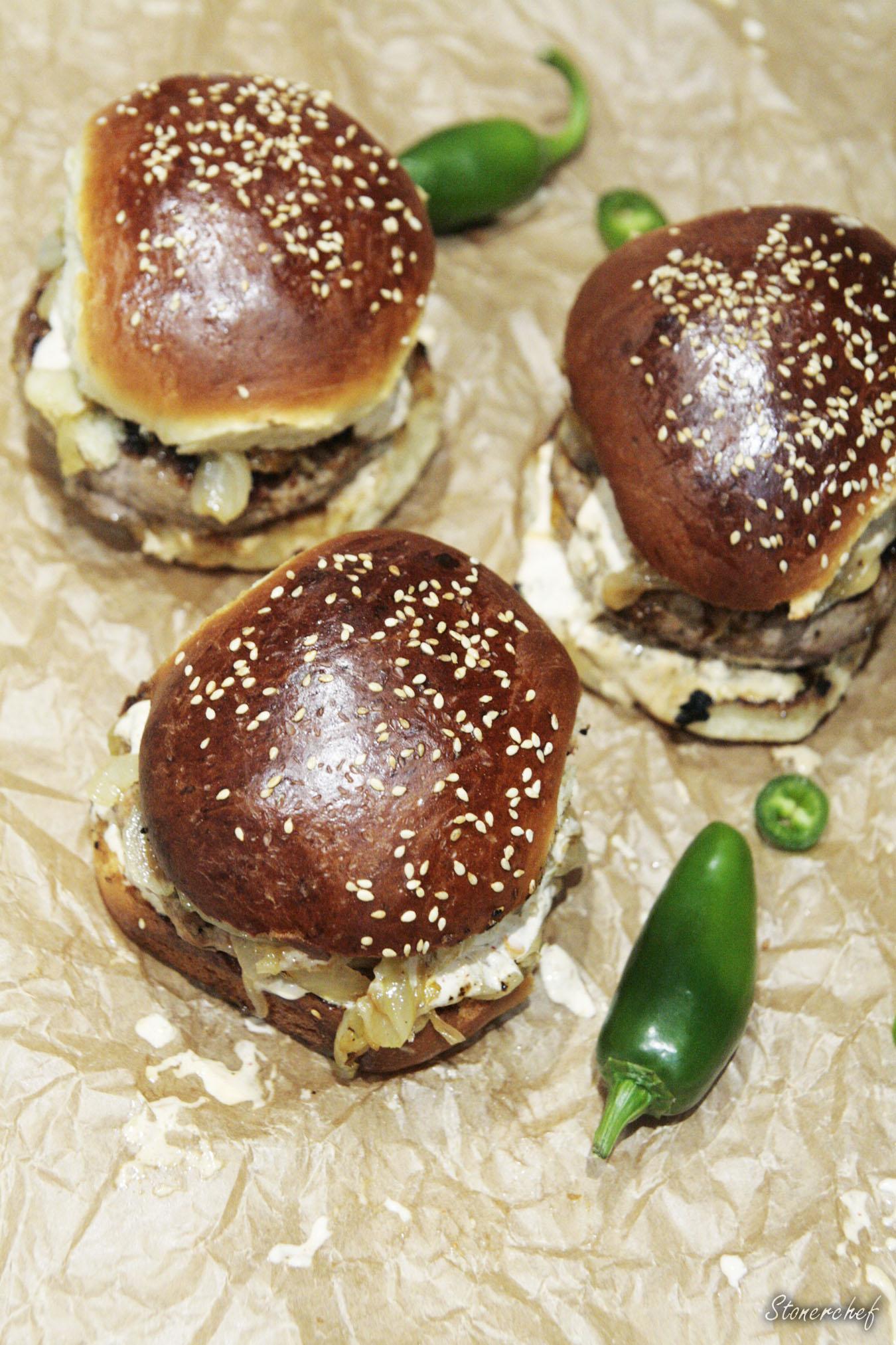 faszerowane burgery z góry