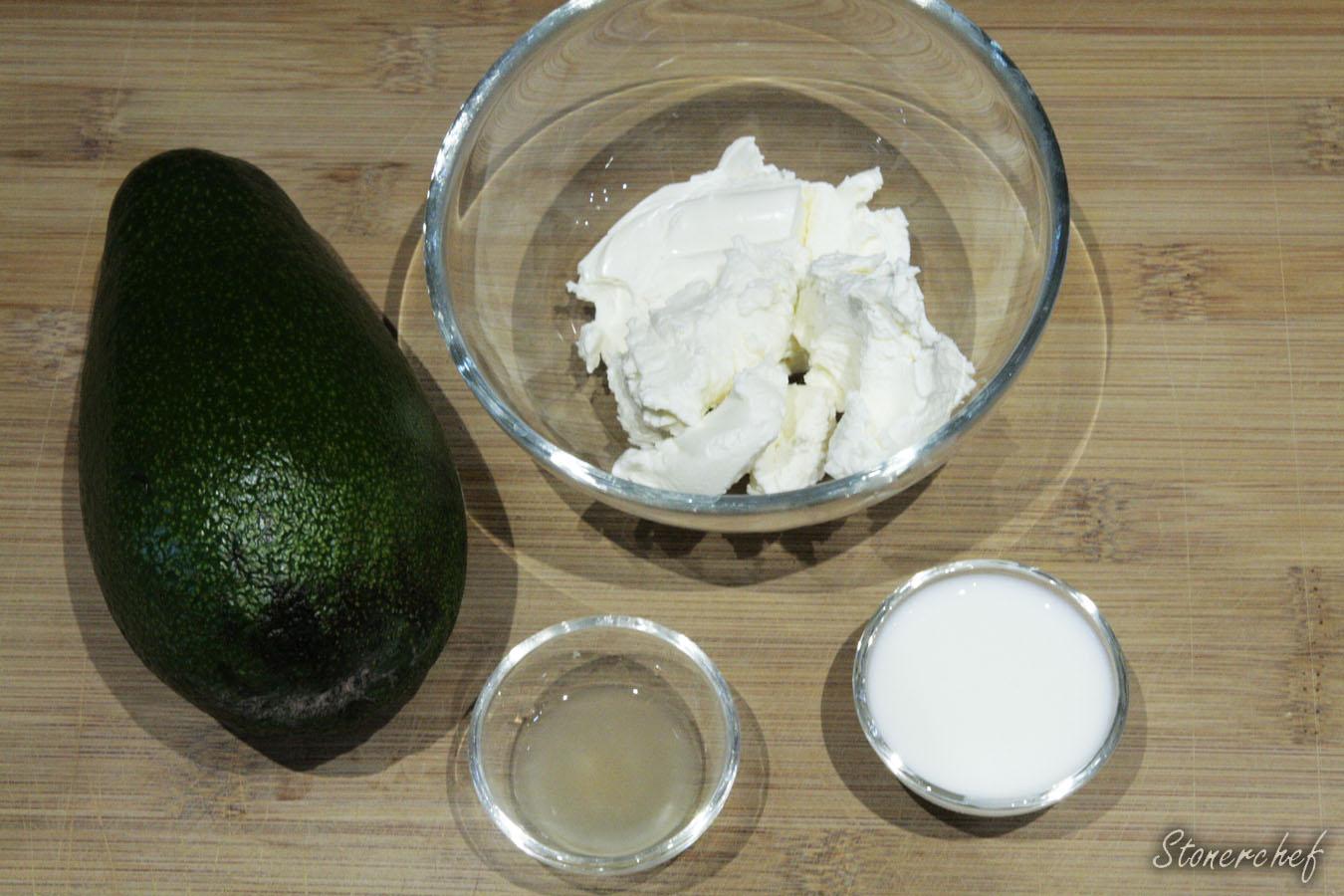 składniki na kremowy sos awokado
