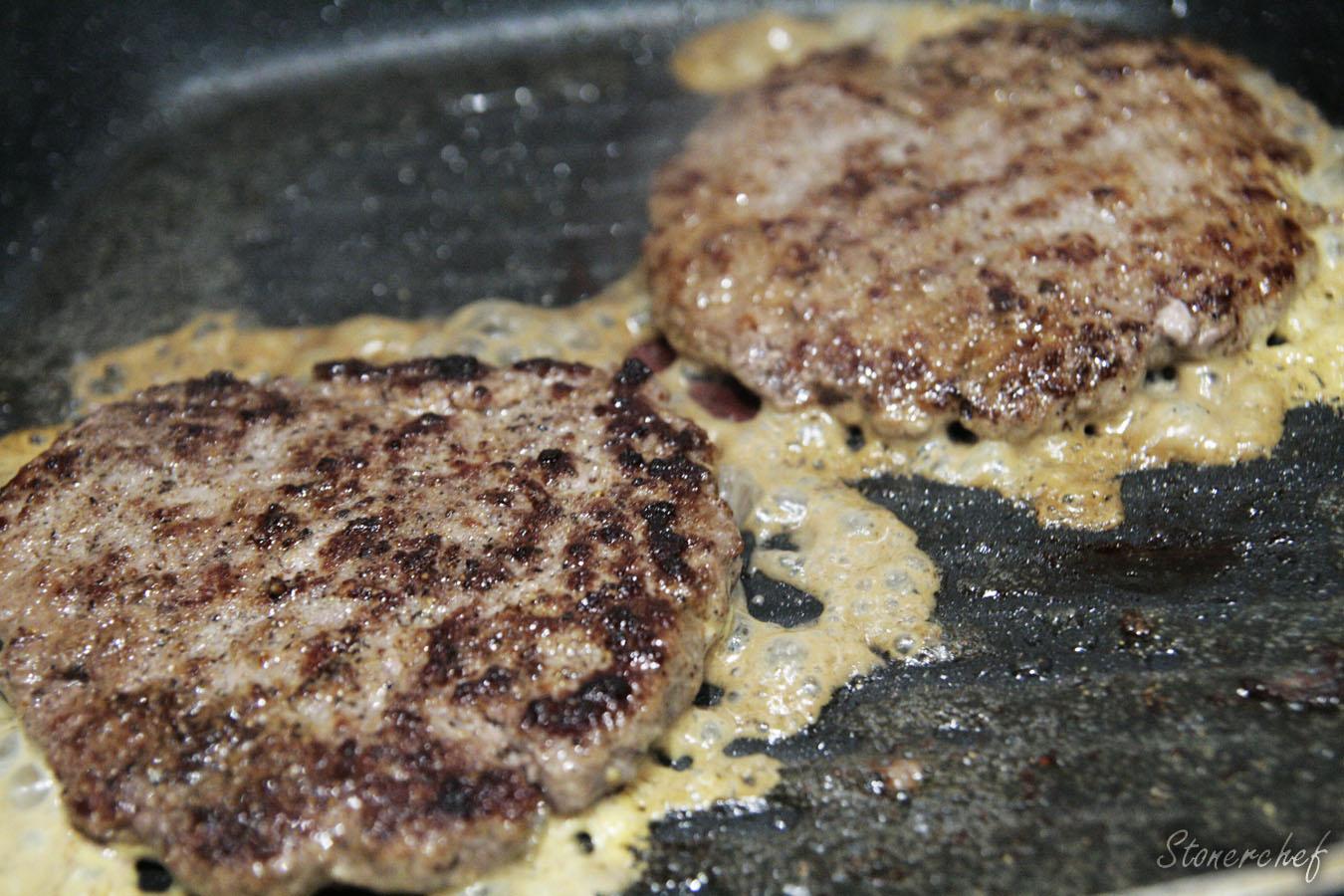 burgery przed nałożeniem sera