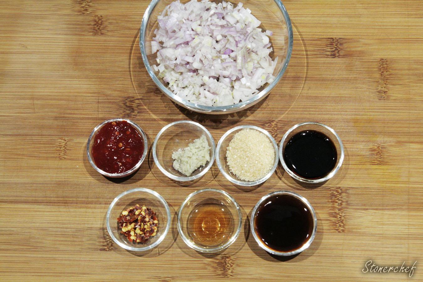 składniki na dip z sambalem