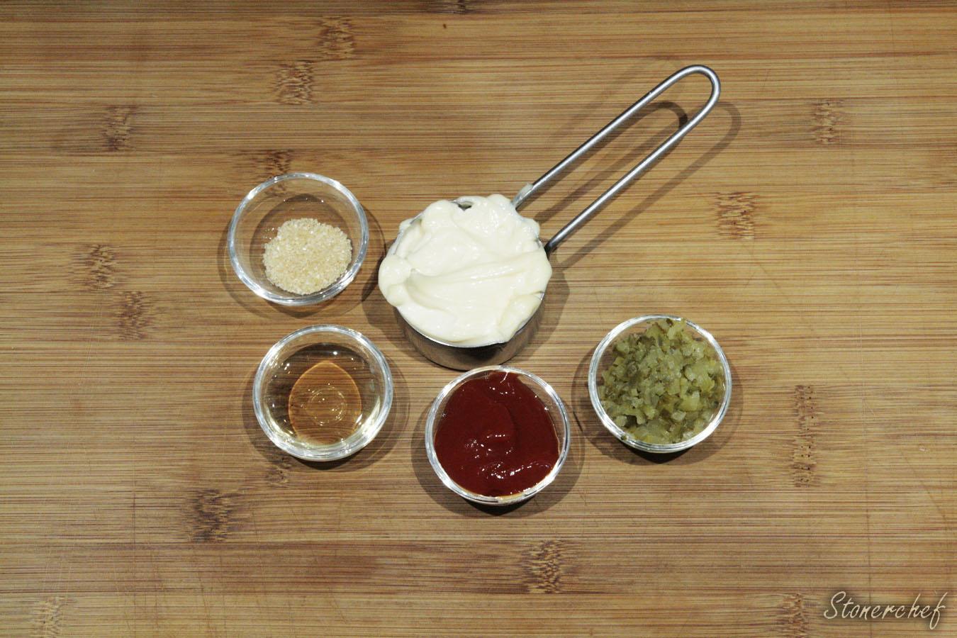 składniki na sos do bliźniaczych burgerów