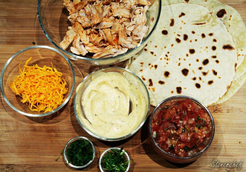 składniki na tacos z szarpanym kurczakiem