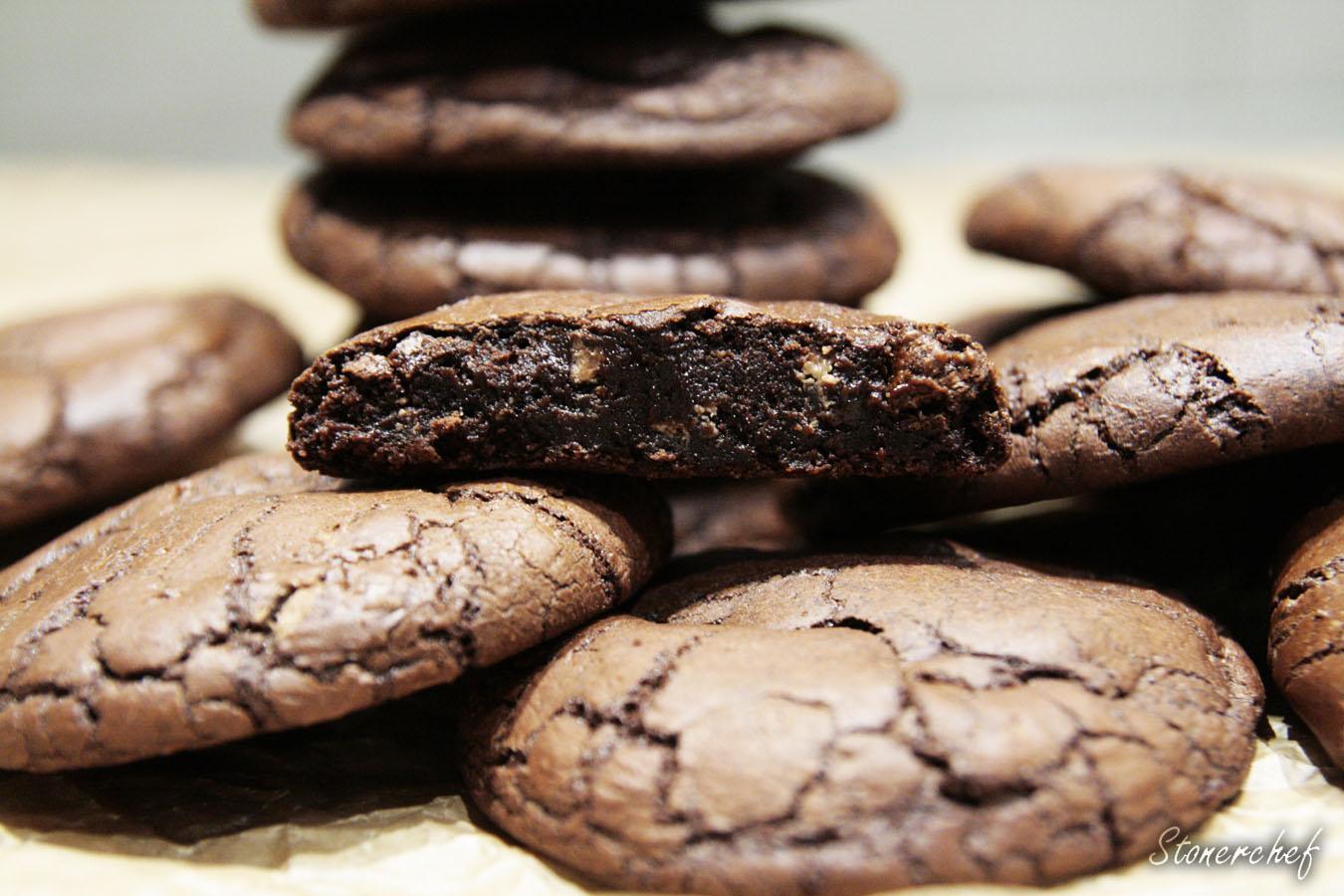 https://www.stonerchef.pl/wp-content/uploads/2017/01/ugryzione-ciastko-brownie.jpg
