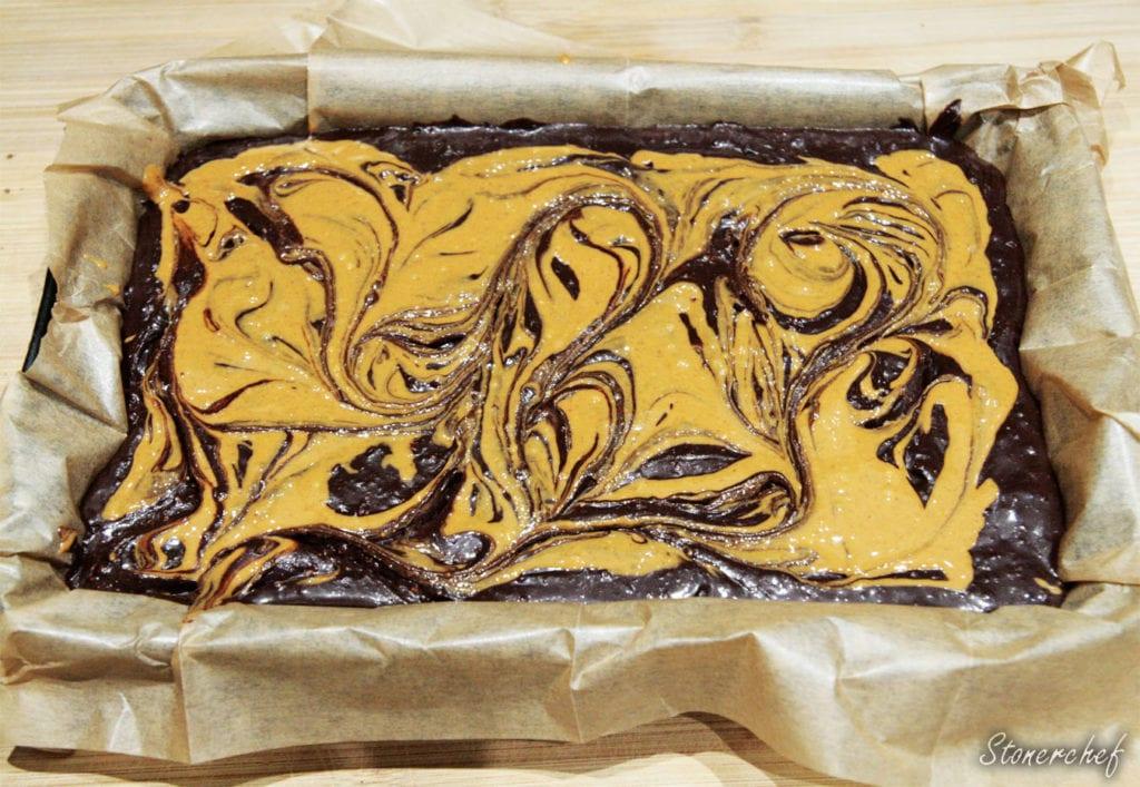 masło orzechowe wprowadzone do brownie