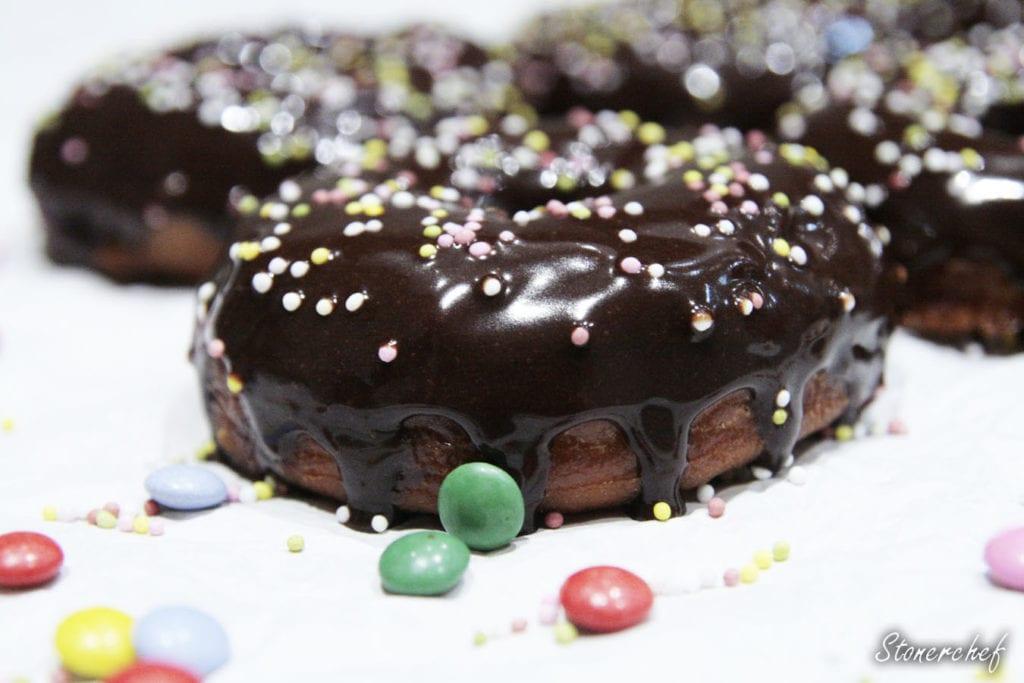 donuty z polewą Nutella