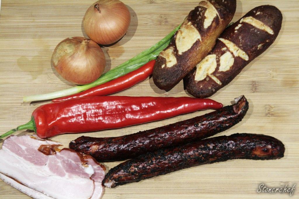 składniki na hot dogi