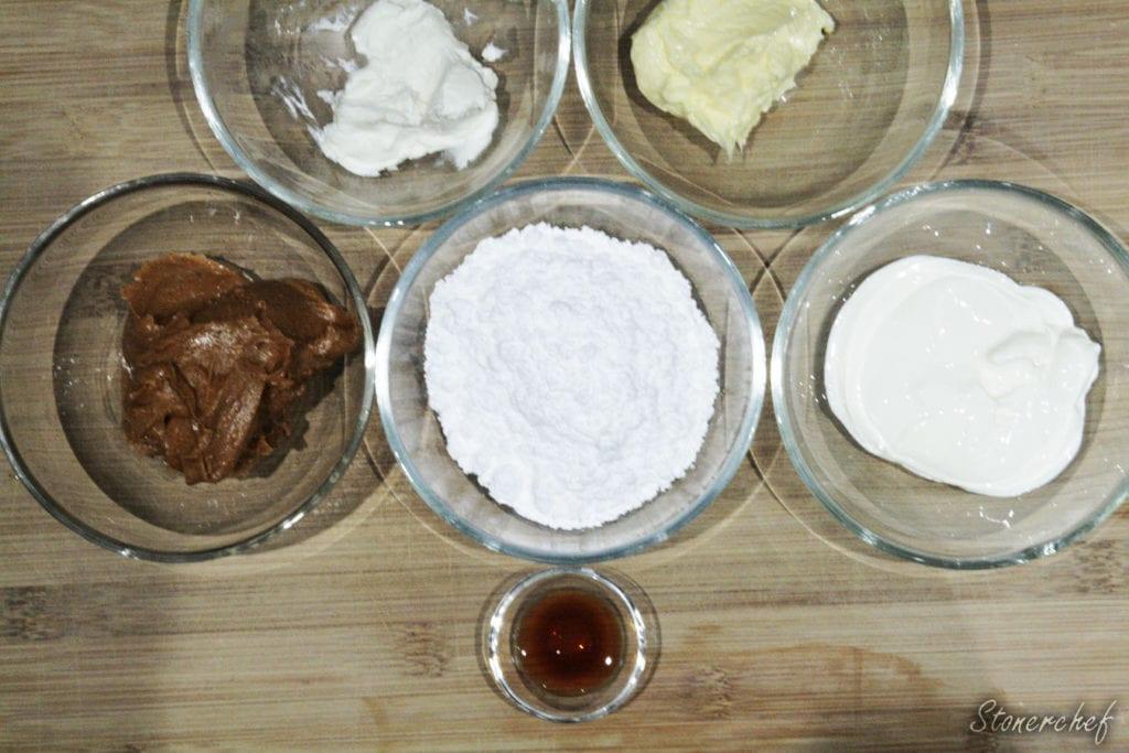 składniki na krem z masłem orzechowym