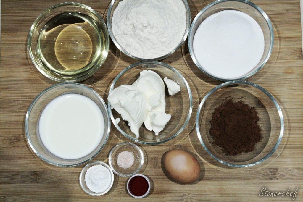 składniki na sernikowe babeczki red velvet