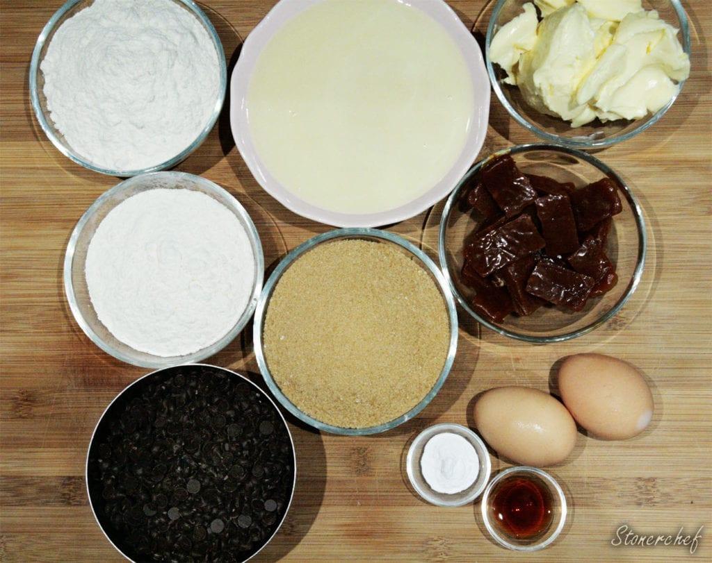 składniki na nieprzyzwoicie karmelowe bloki ciasteczkowe