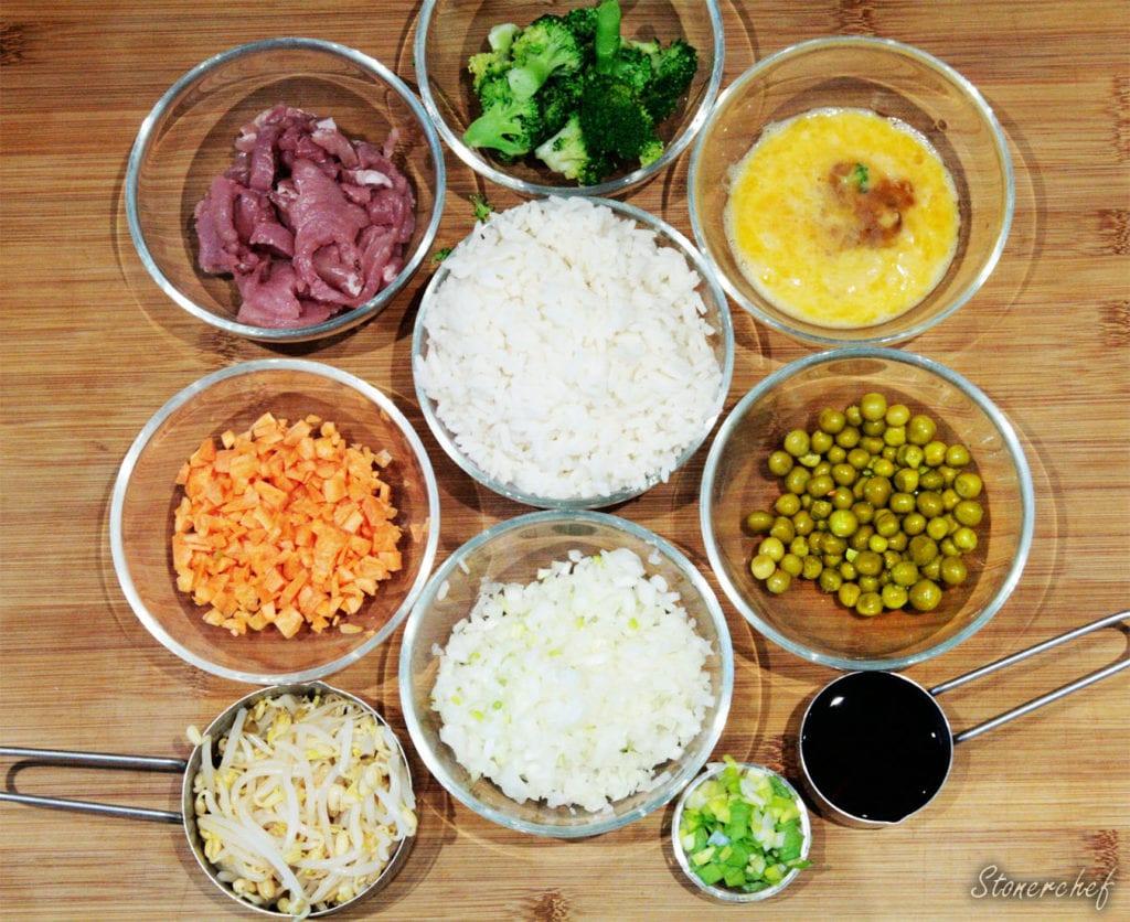 składniki na ryż smażony z wieprzowiną