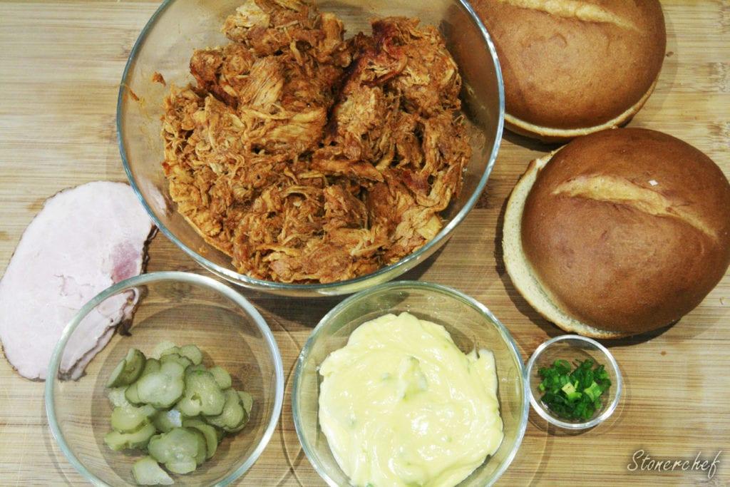 składniki na kanapki z pulled porkiem i czosnkowym alioli