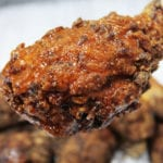 ostre nóżki i stripsy z kurczaka z sosem buffalo