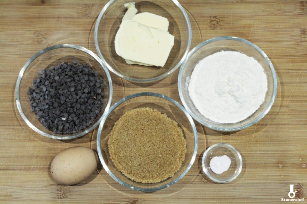 składniki na brownie do kanapki lodowej