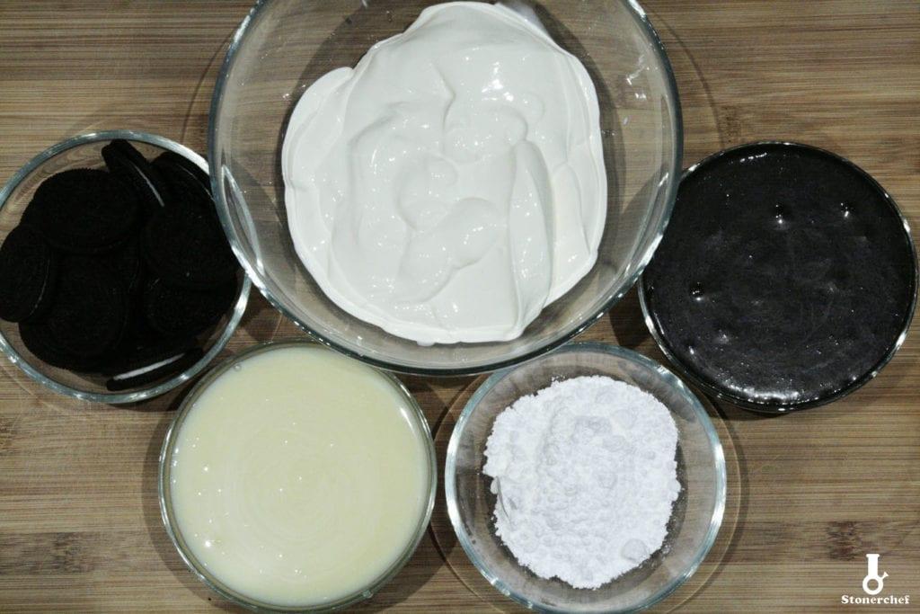 składniki na ciasteczkowe lody Oreo
