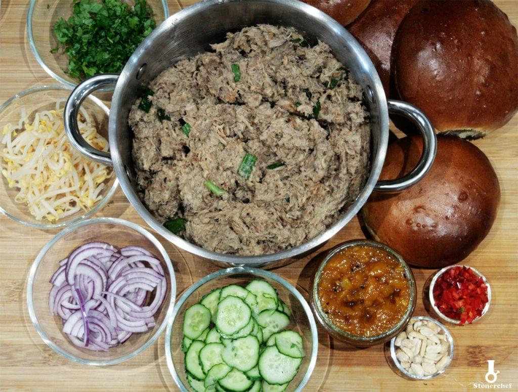 składniki na kanapki z orientalnym pulled porkiem