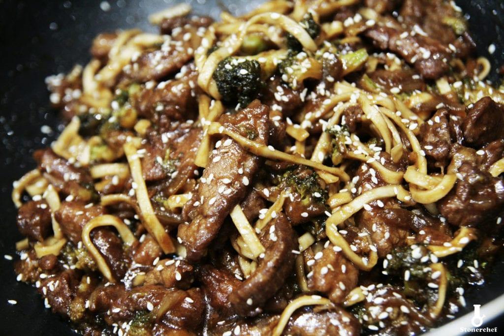wołowina po mongolsku z brokułami