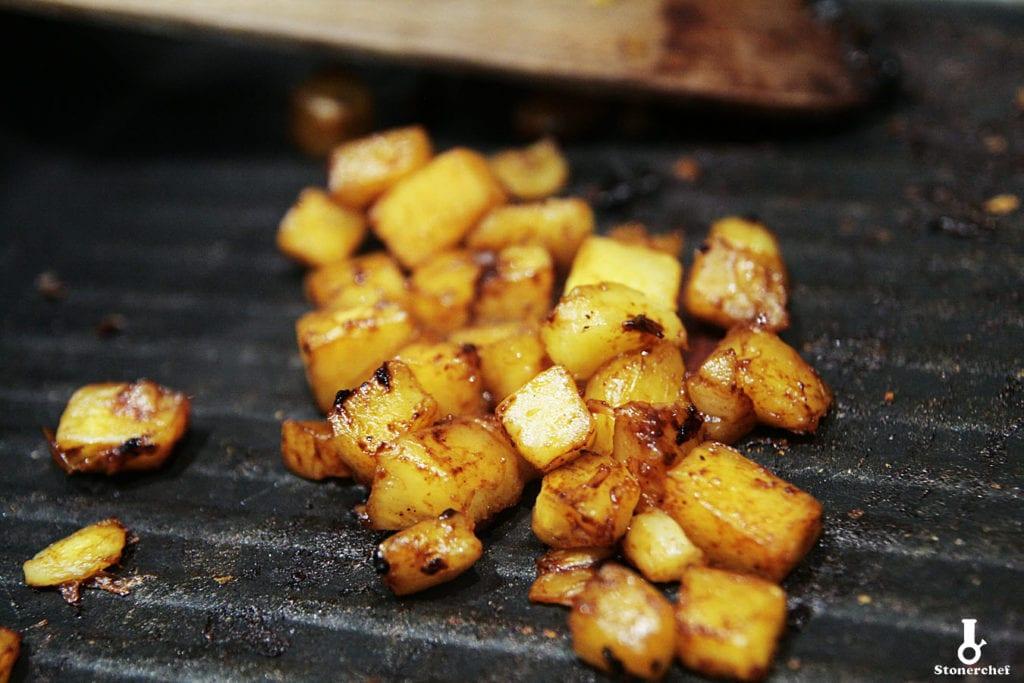 grillowany ananas w sosie adobo