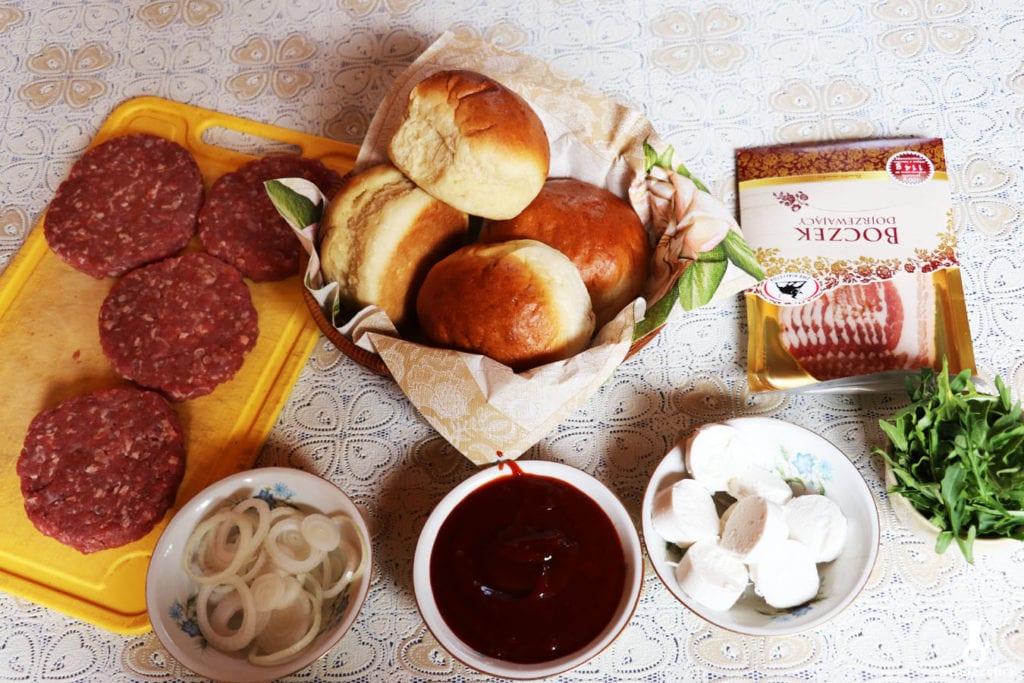 składniki na burgery z kozim serem