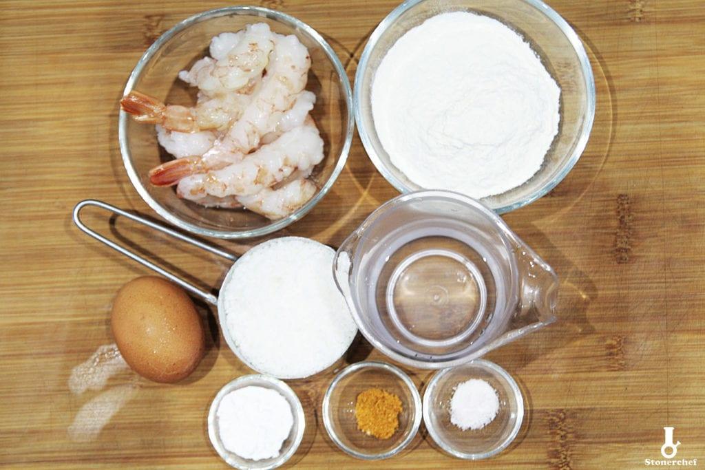 składniki na krewetki w kokosowej tempurze
