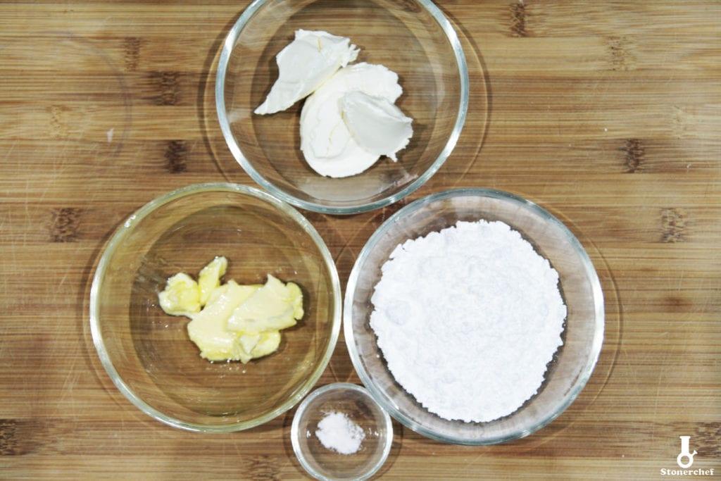 składniki na lukier sernikowy