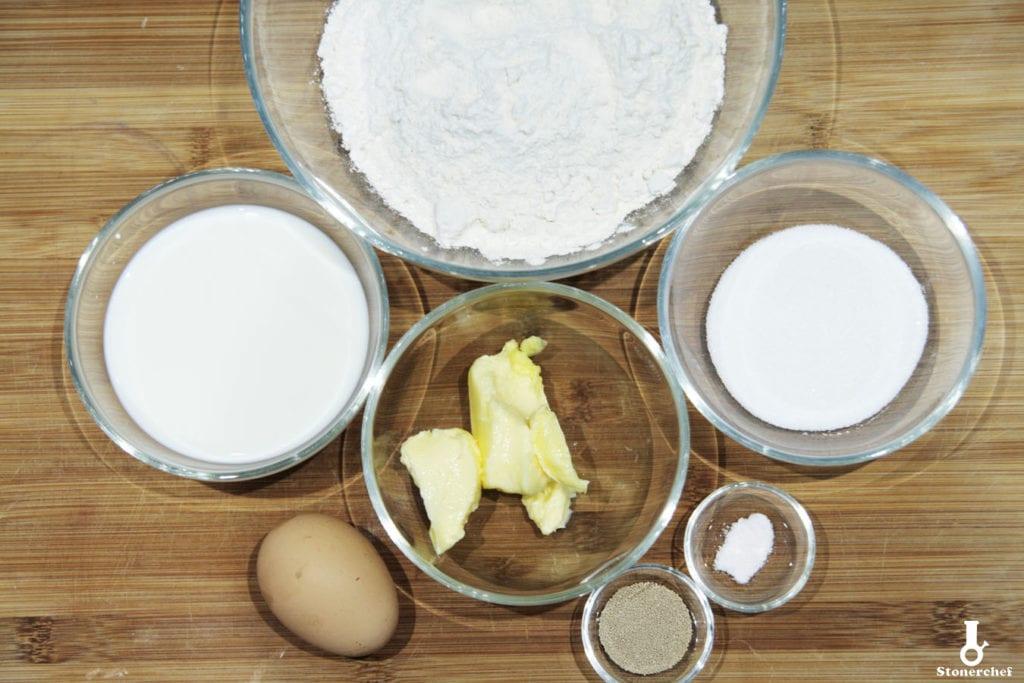 składniki na mini bułeczki cynamonowe