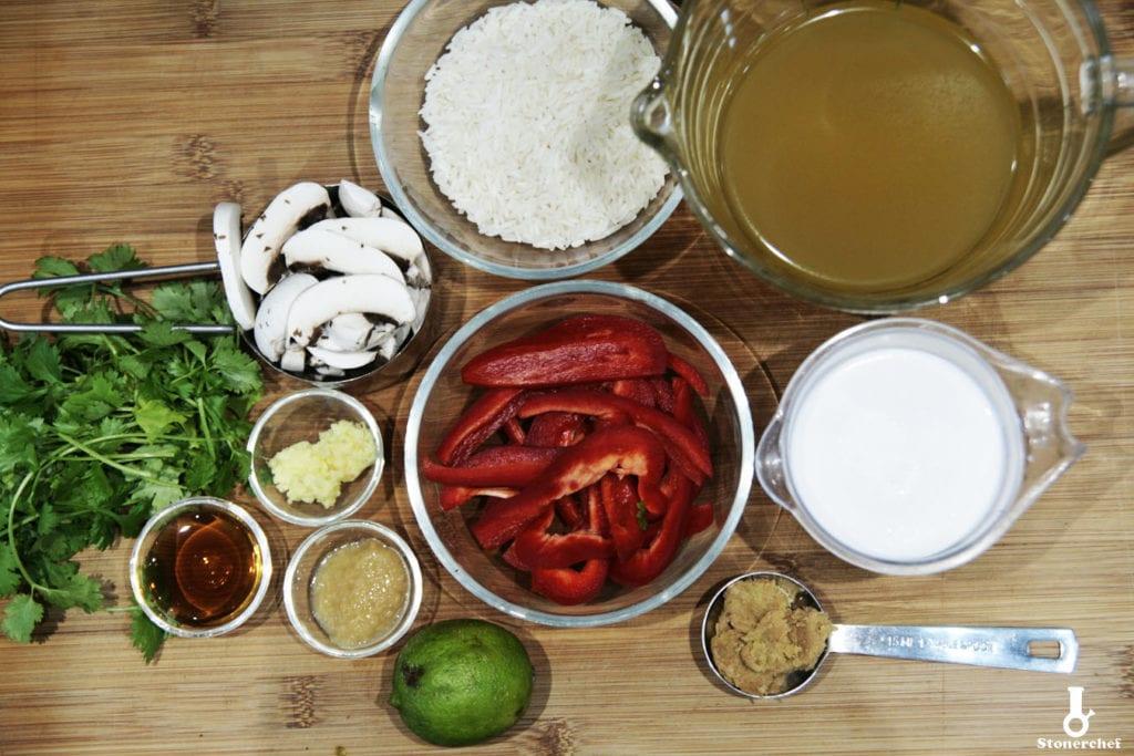 składniki na tajską zupę mleczną