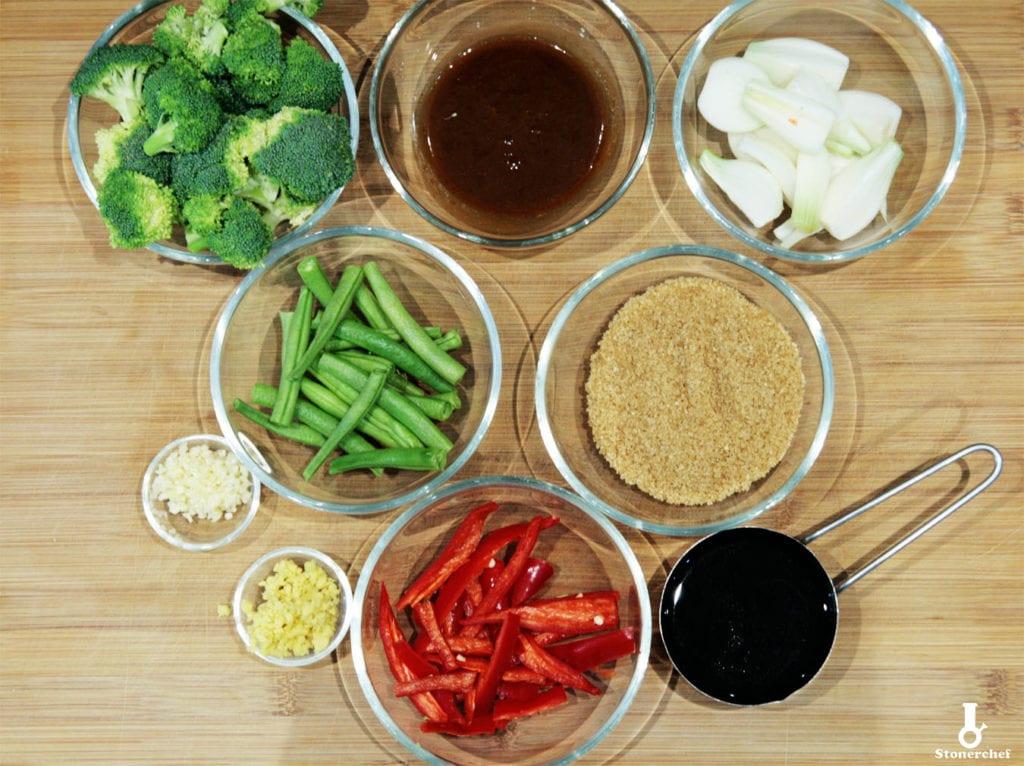 składniki na warzywa karmelizowane w sosie sojowym