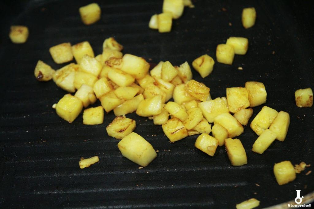 zgrillowany ananas