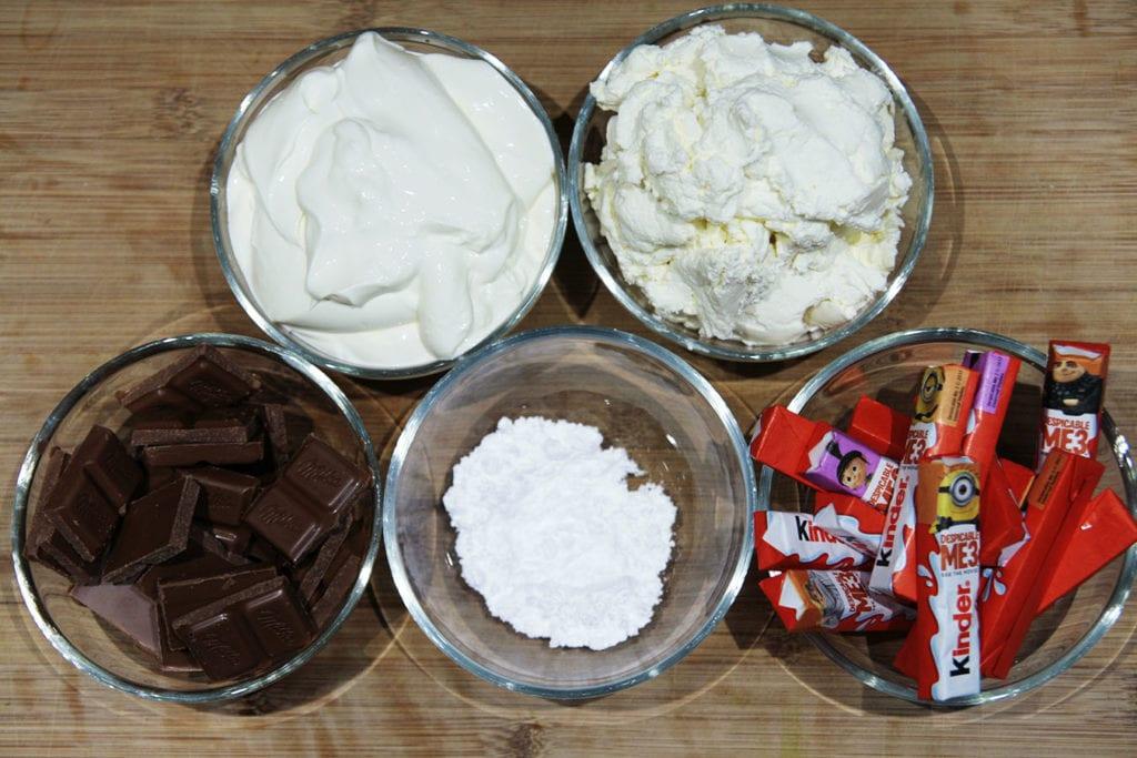 składniki na masę do sernika Kinder