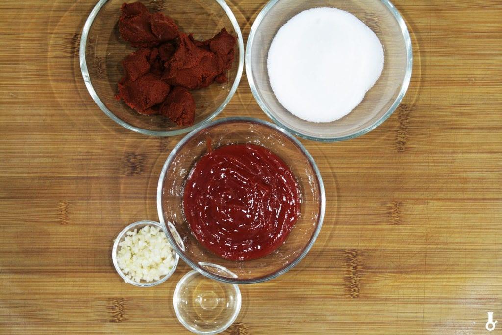 składniki na sos do kurczaka