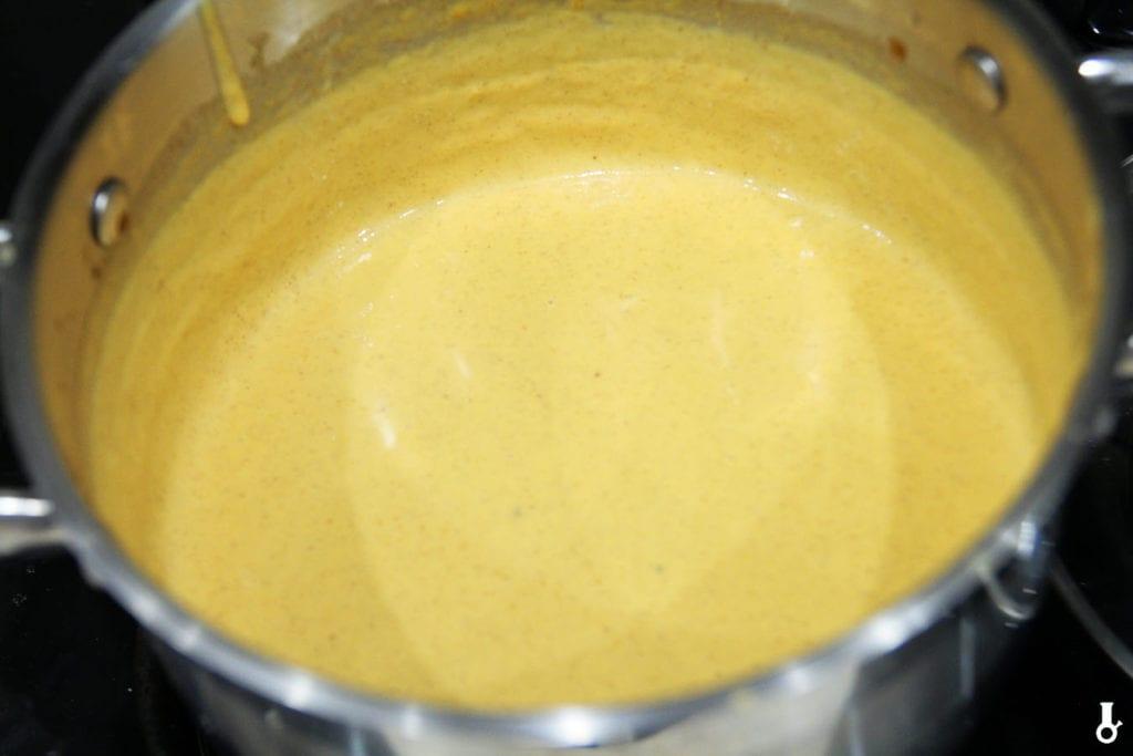 sos serowy