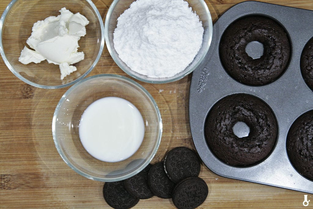 donuty oreo przed dekoracją
