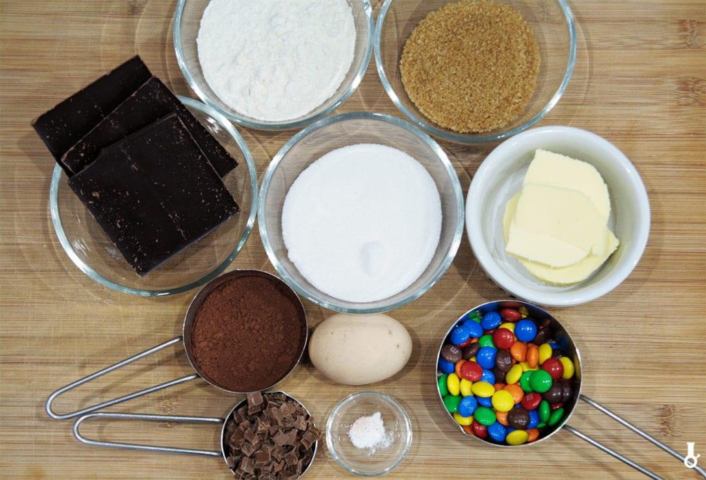 składniki na ciastka M&Ms