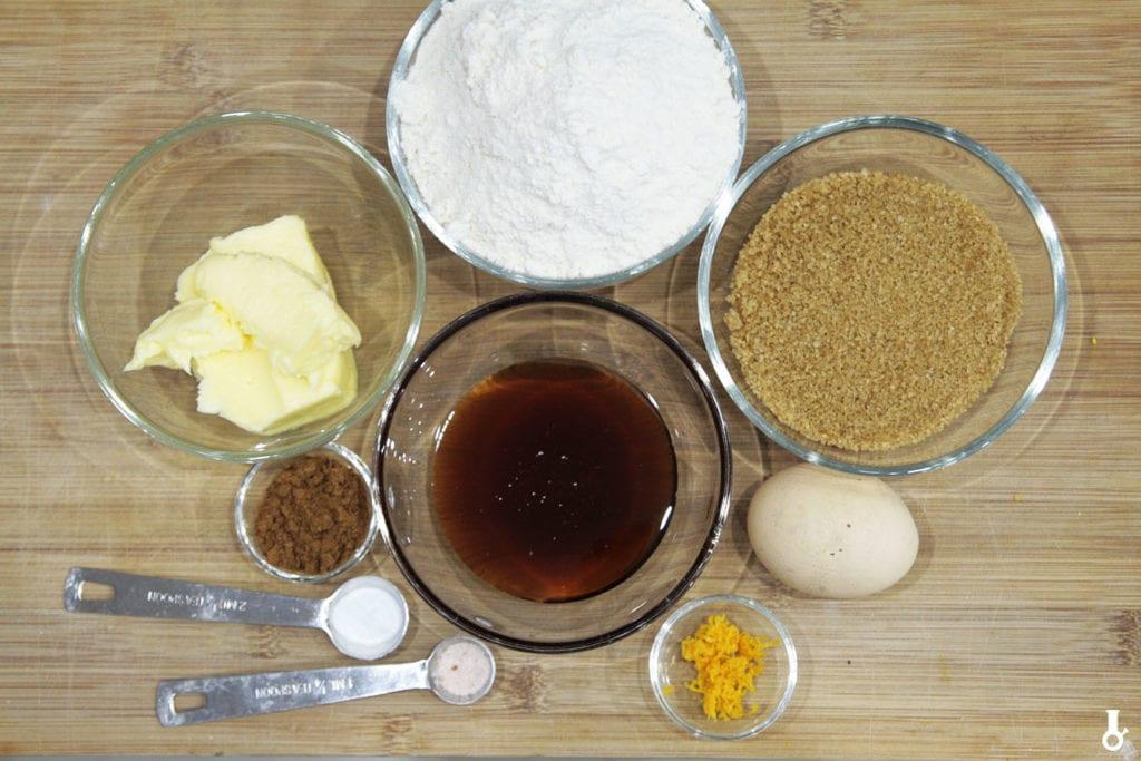 składniki na ciasto piernikowe