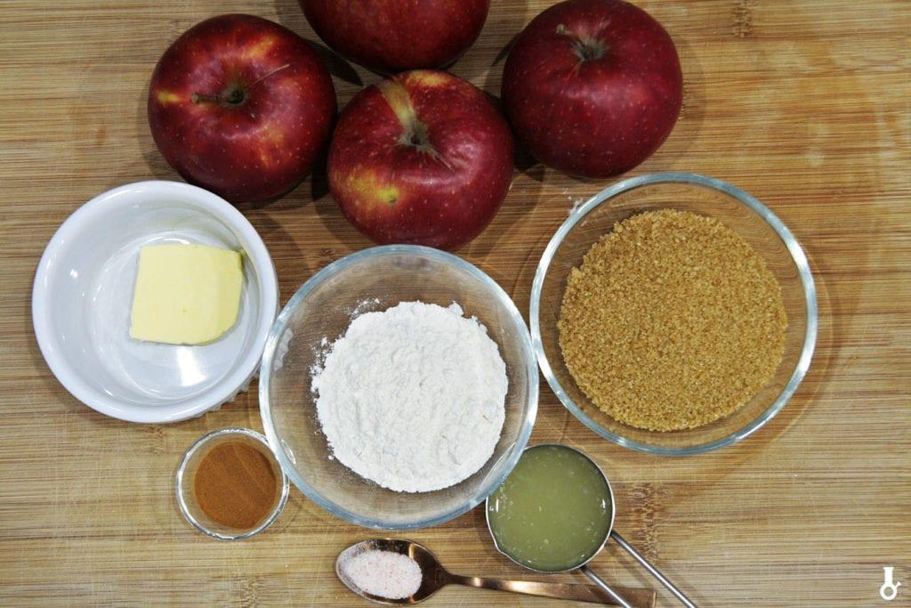 składniki na jabłka do tarty piernikowej