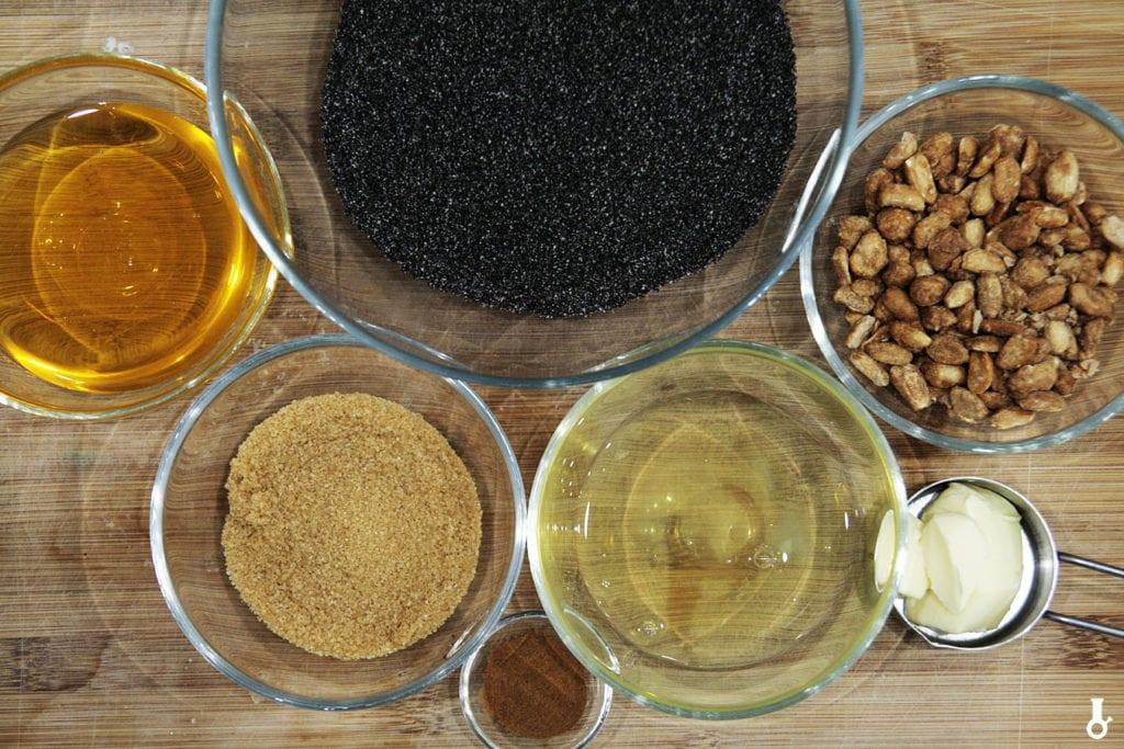 składniki na masę makowo-kajmakową
