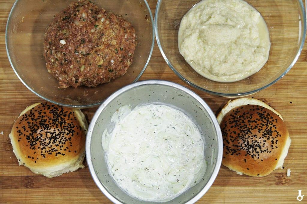składniki na kanapki z mielonymi