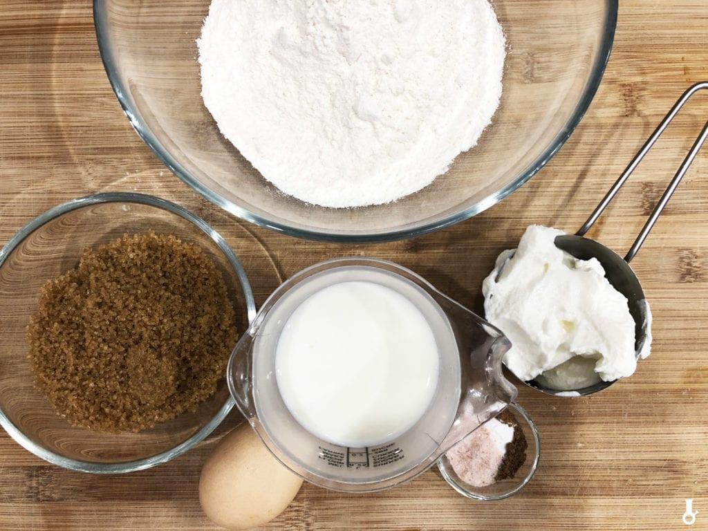 składniki na ciasto na donuty z bekonem